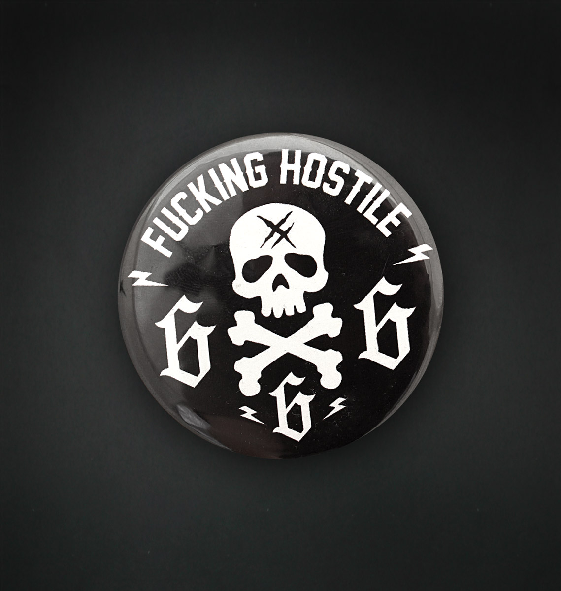 Badge magnet 56 MM / 666
