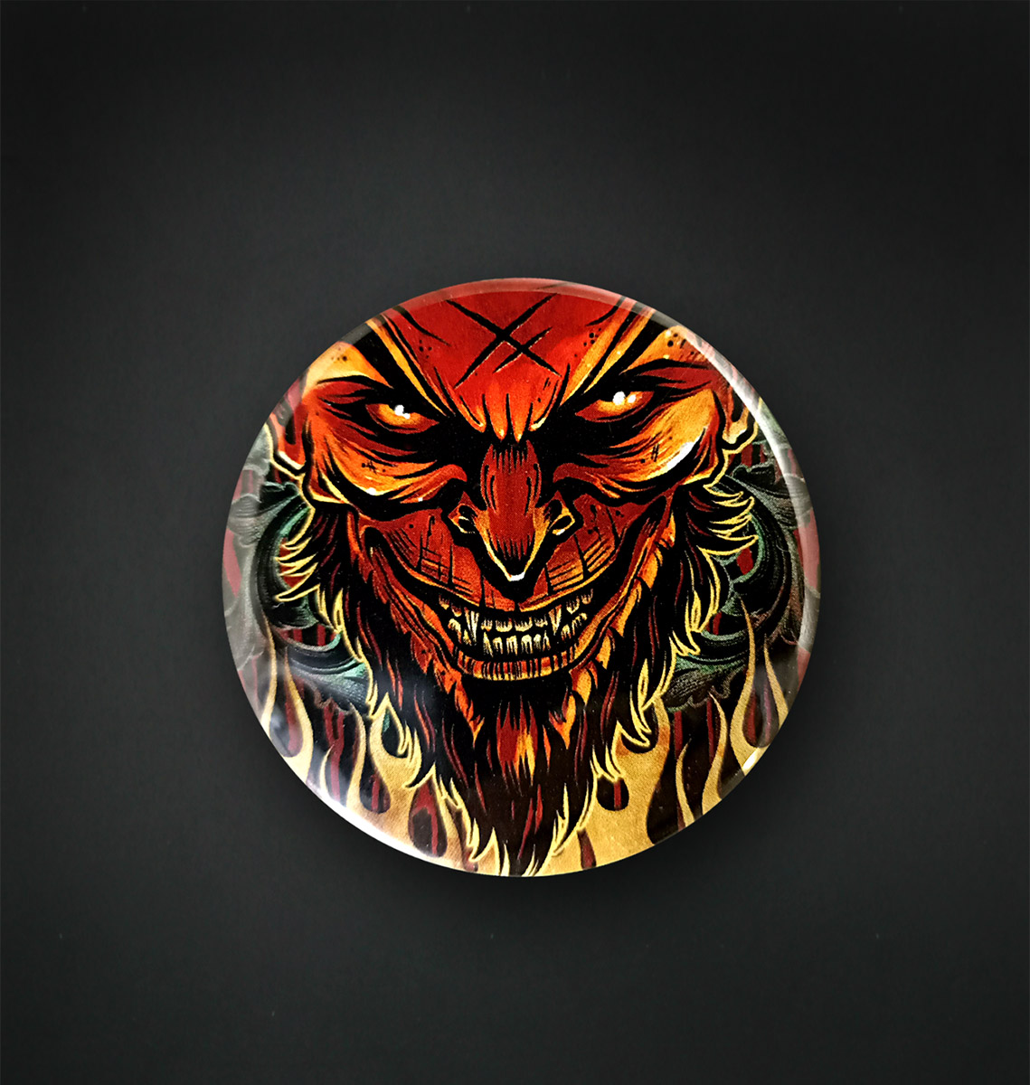 Badge miroir 56 MM / LUCIFER